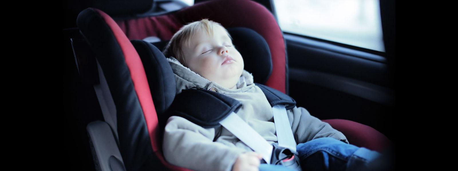 Transporte correto de crianças nos automóveis