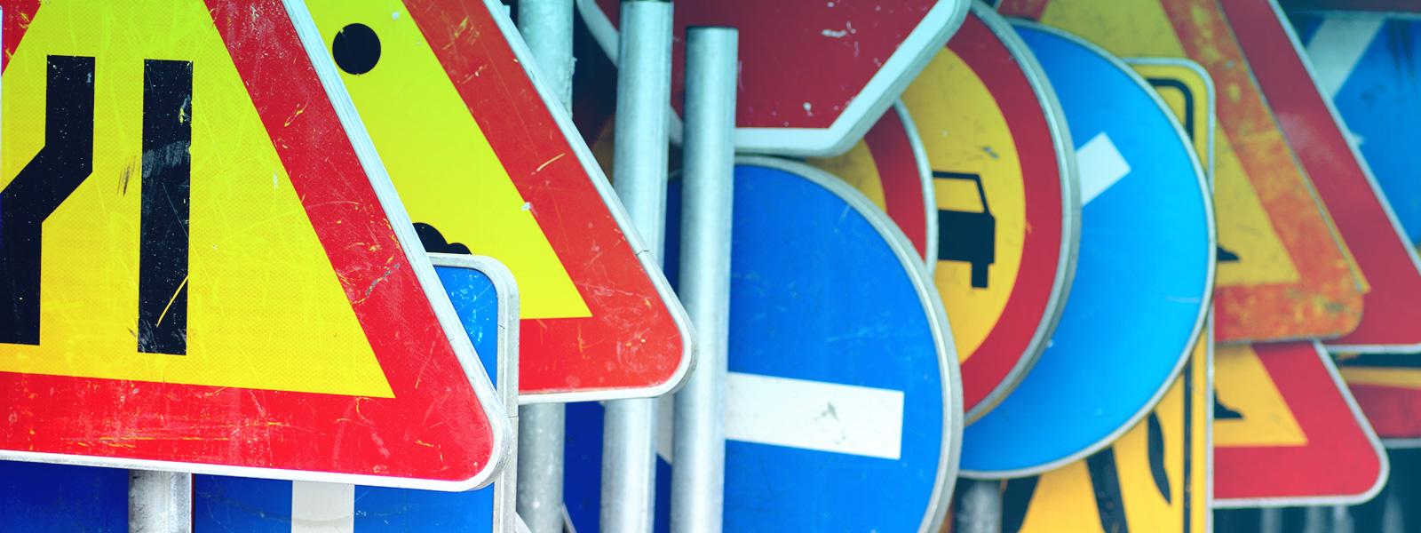 Testando a sua memória: significado das placas de trânsito