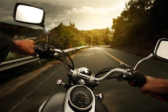 Optar por caminhos diferentes diariamente também é uma forma de se prevenir a assaltos.