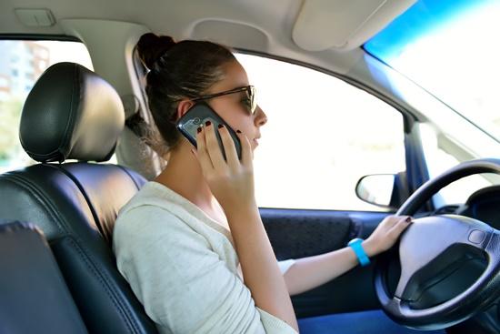 ceabs-telematica-comportamental-detecta-uso-celular-transito-blog