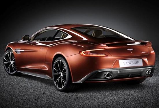 aston-martin-vanquish-coupe-velocidade-luxo-quatro-rodas-blog-ceabs