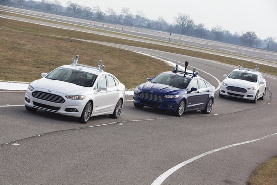 Taking the next step in its Blueprint for Mobility, Ford today – in conjunction with the University of Michigan and State Farm® – revealed a Ford Fusion Hybrid automated research vehicle that will be used to make progress on future automated driving and other advanced technologies.