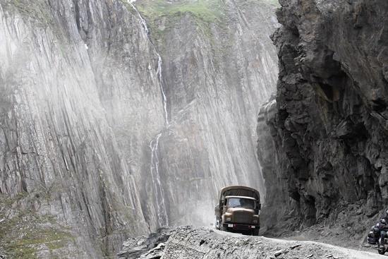 mais-perigosas-mundo-passagem-zoji-la-blog-ceabs-estradas