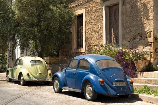 o-que-fazer-blog-ceabs-carro-abandonado-rua
